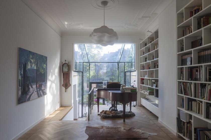 HOYT - architecten - glazen uitbouw duinweg