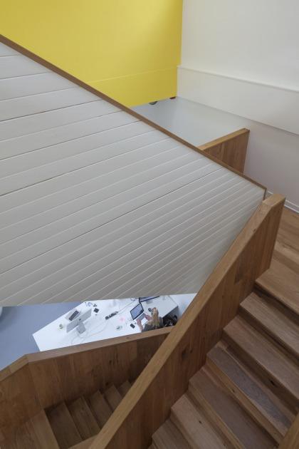Den Haag kantoor transformatie kerk trap