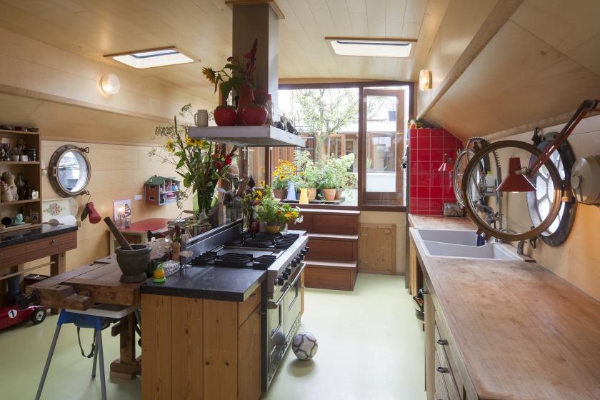 La Gondola woonboot verbouwing woonkamer