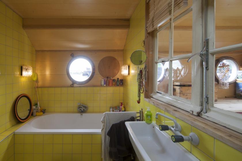 La Gondola woonboot verbouwing badkamer