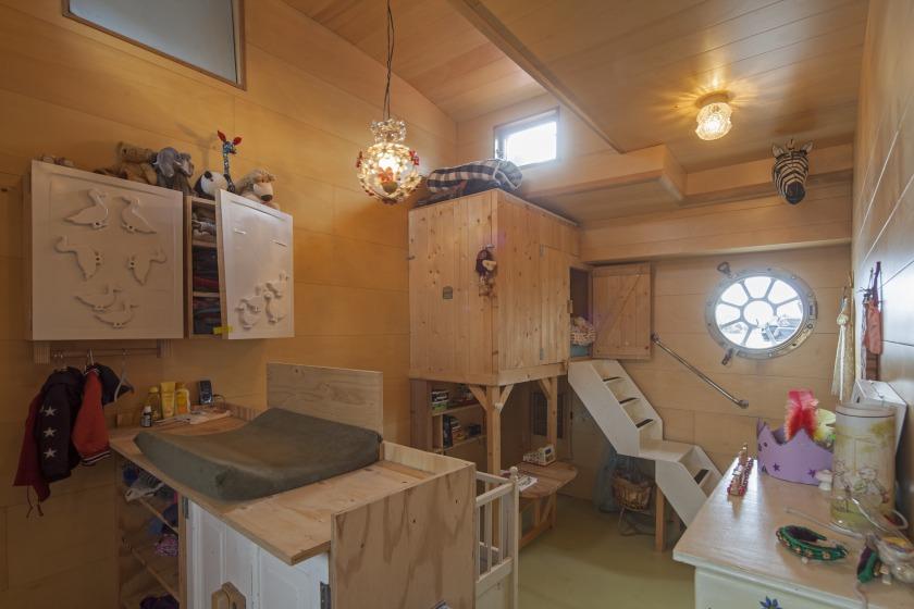La Gondola woonboot verbouwing kinderkamer