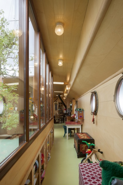 La Gondola woonboot verbouwing patio