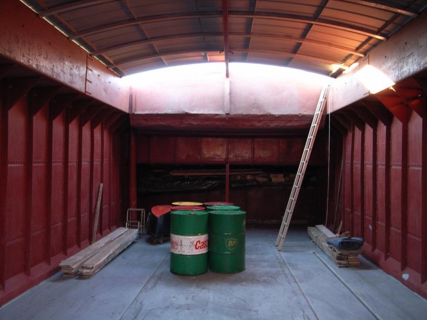 La Gondola woonboot verbouwing ruim before